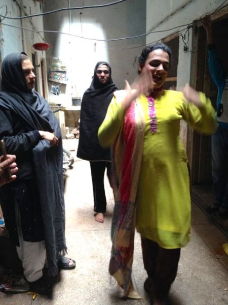Sana Bhutt dancing 2